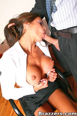 Big tits xxx. Hunter Bryce forced into i - XXX Dessert - Picture 8
